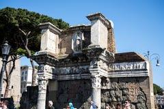 由Trajan ` s市场的废墟在论坛在罗马意大利 库存照片