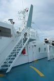 甲板和ANEK线轮渡的雷达  免版税库存照片