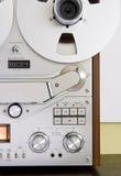 甲板记录员对葡萄酒的卷轴磁带 库存图片