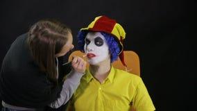 申请构成的疯狂,可怕的小丑 Timelapse 股票录像