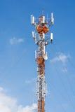 电信手机与倍数a的通讯台 图库摄影