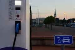 电充电站在爱沙尼亚 免版税库存照片