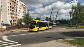 电公共汽车E433 Vitovt最大电镀物品 OJSC ` Belkommunmash `的生产商 第一次旅行,米斯克,白俄罗斯 股票录像
