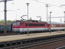 类162电力机车在俄斯拉发 库存照片
