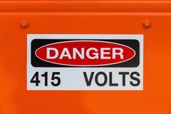 电力电压现有的危险标志 免版税图库摄影