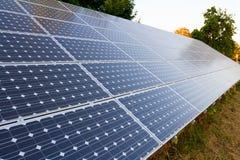电力量的太阳电池板 免版税库存图片