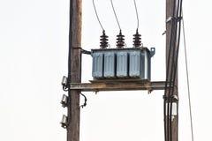 电压在电岗位的电源变压器 免版税图库摄影