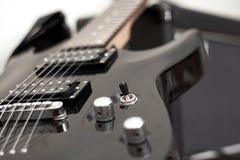 电吉他仪器音乐会 免版税库存照片