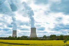电和核能 免版税库存照片