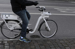 电城市自行车 库存图片