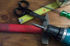 电子和各种各样的工具 免版税库存图片