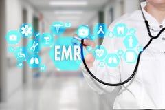 电子病历 在触摸屏上的EMR有medicin的 库存图片