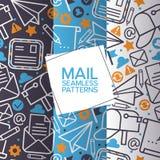 电子邮件象套无缝的样式 传染媒介邮件元素信件,信封,邮票,岗位箱子,包裹,铅笔 ? 向量例证