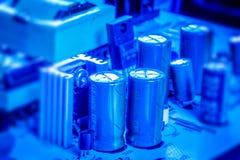 电容器om微型电路板 免版税图库摄影