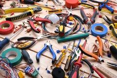电工工具和组分 免版税库存图片