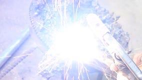 电弧焊汽车的下臂 股票录像