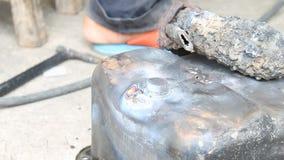 电弧焊油底盘汽车零件 影视素材
