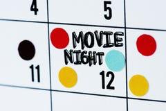 电影之夜日期日历提示 免版税图库摄影