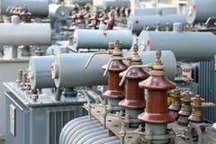 电源变压器在能源厂 库存图片