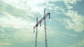 电源杆天空覆盖通过时间间隔02 影视素材