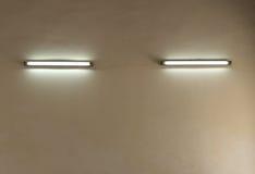 电灯墙壁  免版税库存照片