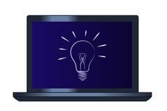 电灯泡的标志在便携式计算机上的 免版税库存图片