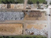 电烙回收堆,工作机器的原材料 金属废ju 库存图片