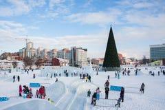 电烫,俄罗斯, 2月, 06日 2016年:冰冷的新年` s镇 库存照片