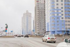 电烫,俄罗斯- 4月16 2017年:与高ris的住宅复合体 免版税库存图片