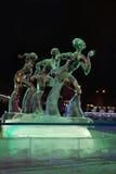 电烫,俄罗斯- 2014年1月11日:三位数被阐明的雕塑 免版税库存图片