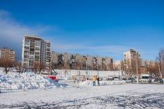 电烫,俄罗斯- 2016年3月13日:在广场的冬天都市风景 库存图片