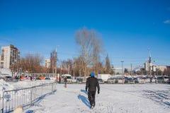 电烫,俄罗斯- 2016年3月13日:在广场的冬天都市风景 图库摄影
