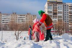 电烫,俄罗斯- 2016年3月13日:孩子参加competiti 库存图片