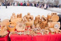电烫,俄罗斯- 2016年3月13日:贸易失去作用与从b的产品 库存照片