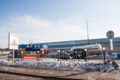 电烫,俄罗斯- 3月31 2016年:气体汽车加油站 库存图片