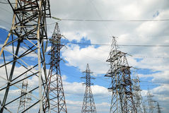 电生产线上限电压 免版税图库摄影