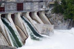 电生成器水力发电 免版税图库摄影