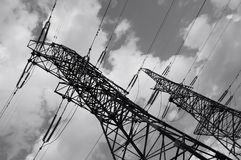 电线次幂pylones 库存照片