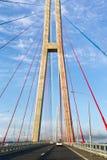 电缆坚持的桥梁的定向塔 免版税库存照片