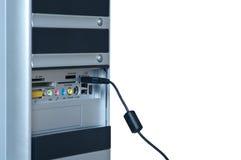 电缆计算机查出的个人计算机 库存照片