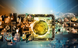 电视和互联网浓缩的生产技术和的事务 库存图片