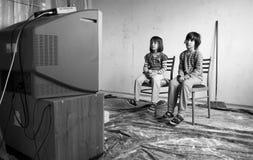 电视和孩子 免版税库存照片