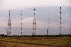 电视和无线电铁塔 免版税库存照片