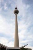 电视塔在柏林 库存照片