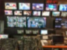 电视广播录影调转工有模糊的背景 图库摄影