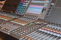 电视混合的控制台 库存照片