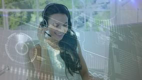 电话中心代理谈话与客户 股票视频
