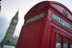 电话亭在伦敦 图库摄影