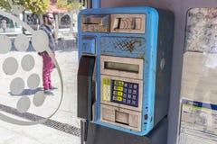 电话亭在布埃乌,西班牙 免版税库存图片