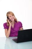 电话的雇员 免版税库存照片